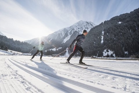 Cross-country skiing at the high altitude ski run